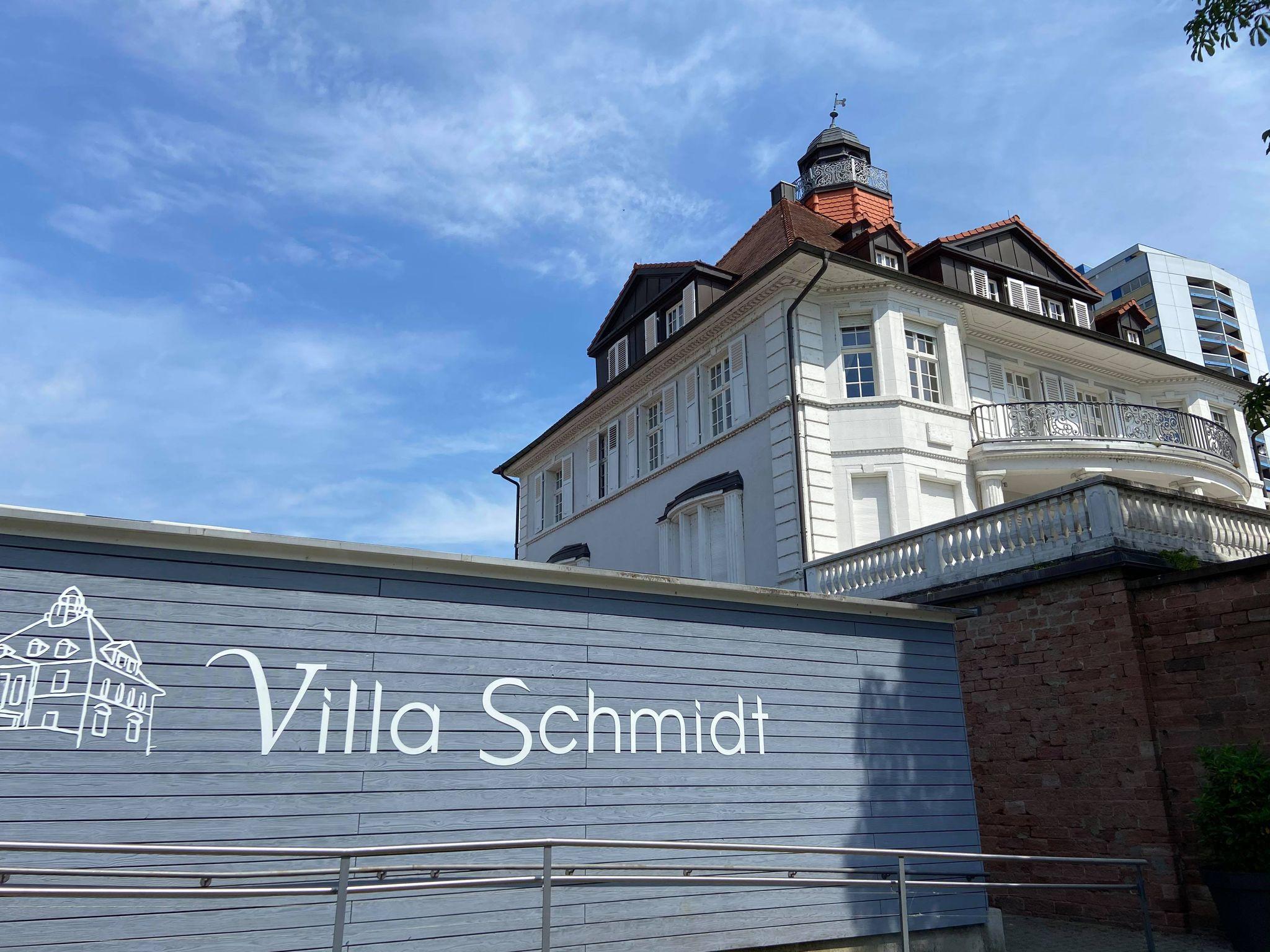 établissement et terrasse la villa schmidt